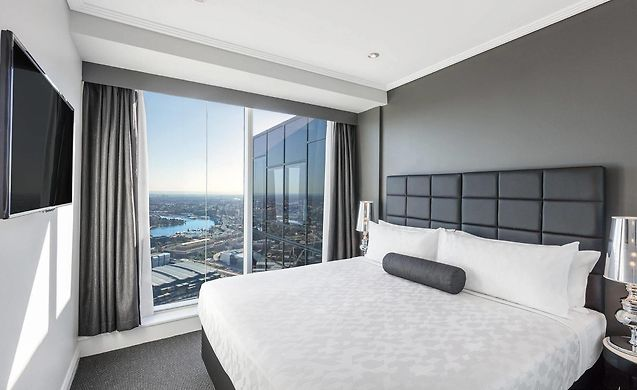 Meriton Serviced Apartments World Tower Sydney: Short Term Accommodation  Rentals